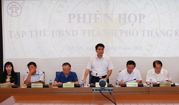 Chủ tịch UBND TP Hà Nội Nguyễn Đức Chung chủ trì phiên họp