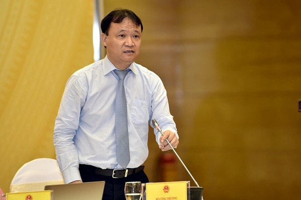 Thứ trưởng Bộ Công Thương Đỗ Thắng Hải thông tin tại buổi họp báo