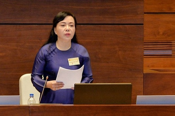 """Giải trình trước Quốc hội, Bộ trưởng Y tế Nguyễn Thị Kim Tiến nói """"nhà vệ sinh bẩn thì giám đốc bệnh viện ở bẩn"""""""