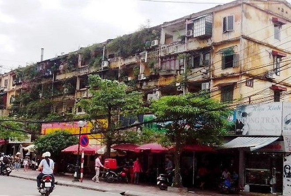 """Bí thư Thành ủy Hoàng Trung Hải cho rằng Sở Xây dựng cần """"tâm huyết"""" trong cải tạo nhà chung cư cũ"""