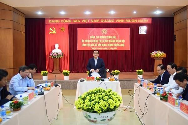 Bí thư Thành ủy Hoàng Trung Hải làm việc với Sở Xây dựng Hà Nội (Ảnh: Viết Thành)
