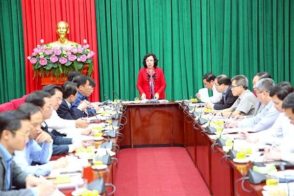 Phó Bí thư Thường trực Thành ủy Ngô Thị Thanh Hằng chỉ đạo tại cuộc họp