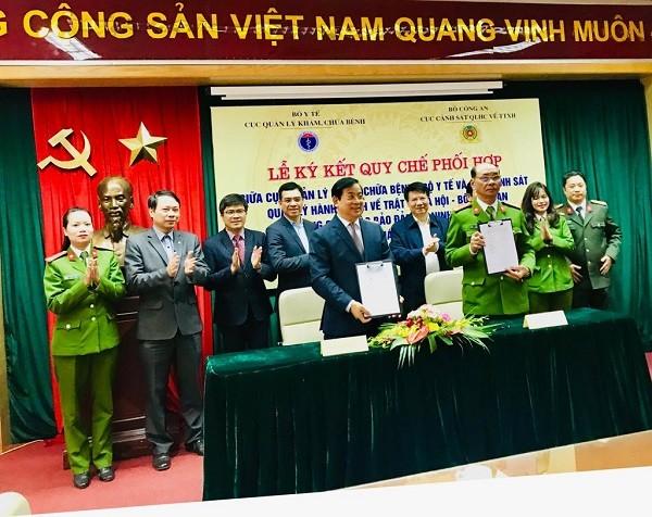Lễ ký kết giữa 2 đơn vị diễn ra tại Bộ Y tế, chiều 23-1