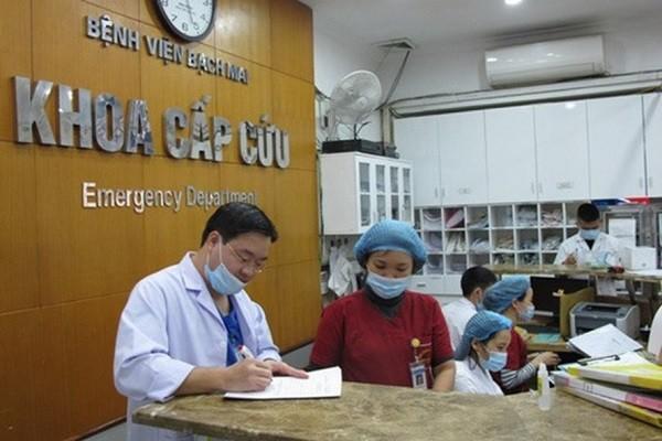 Tại khoa Cấp cứu - Bệnh viện Bạch Mai, số bệnh nhân vào khám trong dịp Tết vừa qua tăng 30%