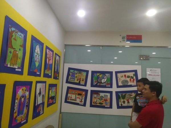 """182 bức tranh của các """"họa sỹ nhí"""" đang được triển lãm"""