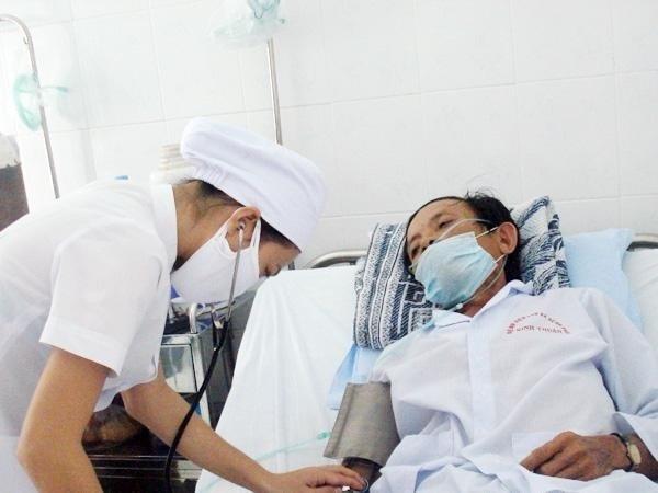 Điều trị cho bệnh nhân mắc lao