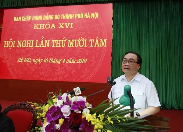 Bí thư Thành ủy Hoàng Trung Hải phát biểu chỉ đạo tại hội nghị