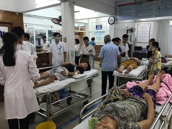 Trưa 1-5, khoa Cấp cứu - Bệnh viện Việt Đức tiếp nhận nhiều ca bị tai nạn giao thông vào cấp cứu