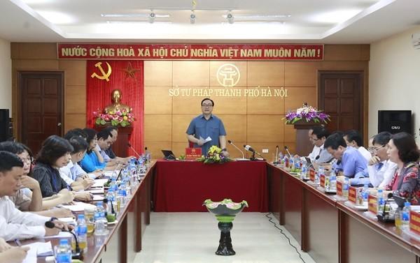 Bí thư Thành ủy Hoàng Trung Hải phát biểu tại buổi làm việc với Sở Tư pháp
