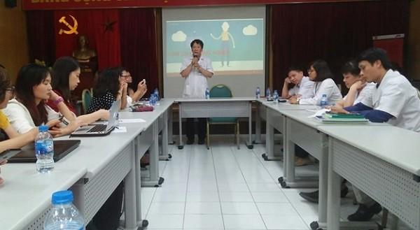 Viện Sức khỏe tâm thần - BV Bạch Mai cung cấp thông tin cho báo chí