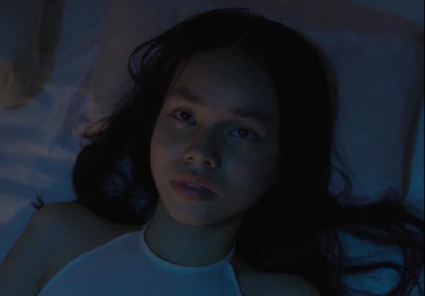 """Việc diễn viên 13 tuổi đóng phim """"Vợ ba"""" với nhiều cảnh quay nhạy cảm khiến dư luận phản ứng"""