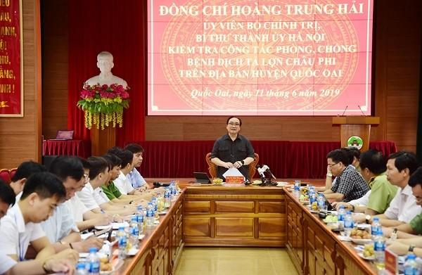 Bí thư Thành ủy chỉ đạo tại buổi làm việc với lãnh đạo huyện Quốc Oai