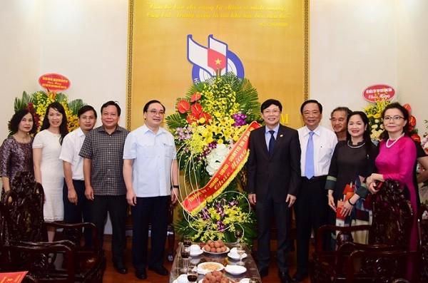 Bí thư Thành ủy Hoàng Trung Hải chúc mừng Hội Nhà báo Việt Nam