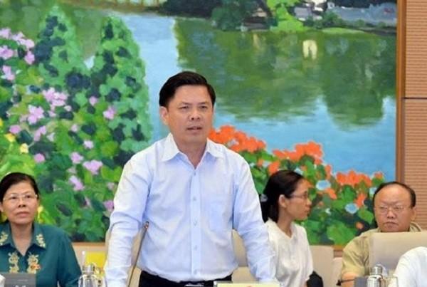 Bộ trưởng Bộ GTVT Nguyễn Văn Thể trả lời chất vấn ĐBQH