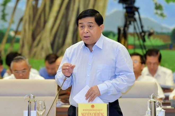 Bộ trưởng KH&ĐT Nguyễn Chí Dũng trả lời chất vấn trước Ủy ban Thường vụ Quốc hội