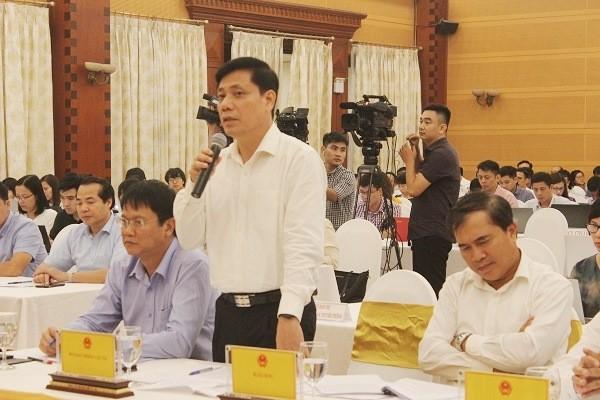 Thứ trưởng Bộ GTVT Nguyễn Trọng Đông trả lời tại buổi họp báo chiều 2-10