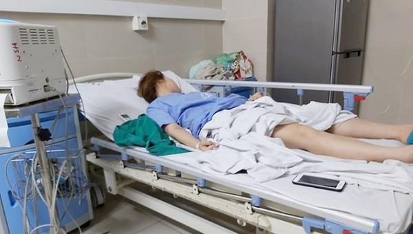 Một bệnh nhân vừa phải cấp cứu vì hút mỡ, nâng ngực ở thẩm mỹ viện hành nghề trái phép