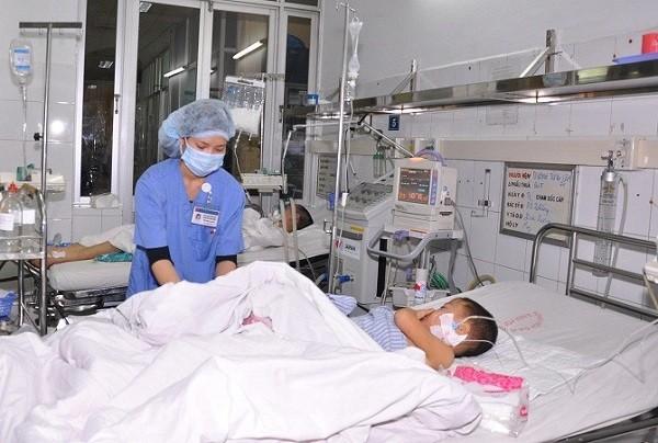"""Hơn 3.200 cá nhân trong ngành y tế Hà Nội đạt danh hiệu """"Người tốt việc tốt"""""""