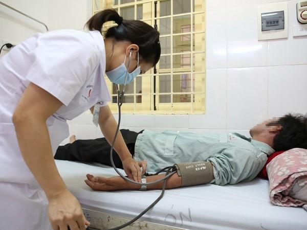 Điều trị bệnh nhân HIV tại Bệnh viện Đống Đa