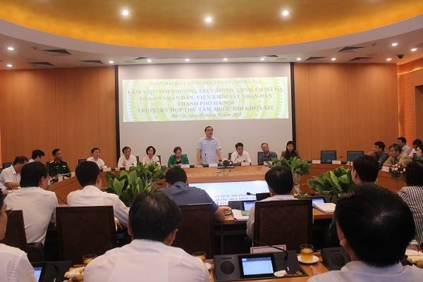 Bí thư Thành ủy Hoàng Trung Hải - Trưởng đoàn ĐBQH Thành phố Hà Nội phát biểu tại buổi làm việc