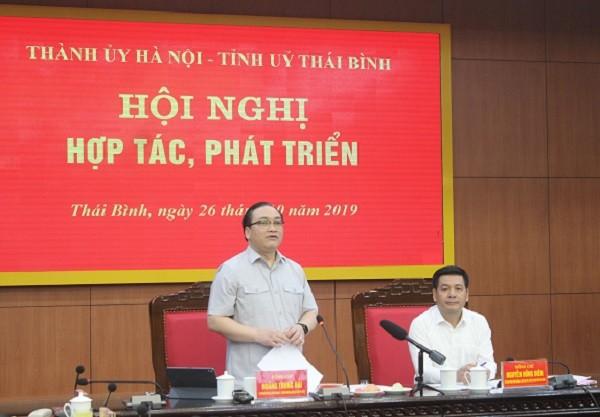 Bí thư Thành ủy Hà Nội Hoàng Trung Hải phát biểu tại hội nghị