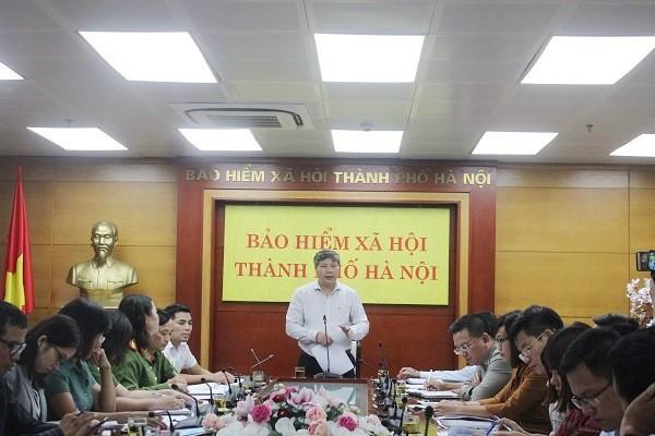 Giám đốc BHXH TP Hà Nội Nguyễn Đức Hòa chủ trì buổi làm việc