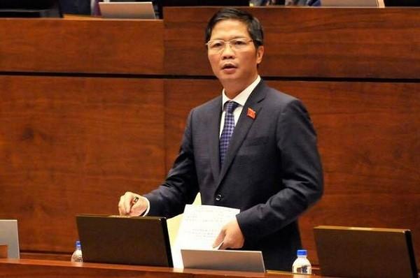Bộ trưởng Bộ Công Thương Trần Tuấn Anh trả lời chất vấn trước Quốc hội