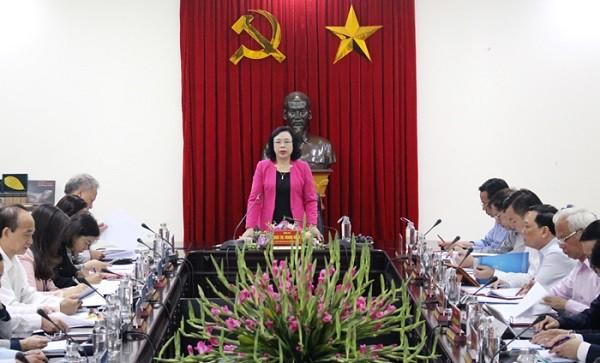 Phó Bí thư Thường trực Thành ủy Ngô Thị Thanh Hằng phát biểu tại buổi làm việc