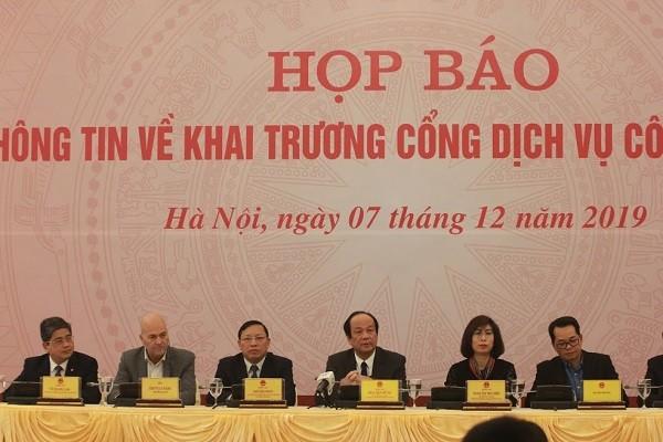 Các đại biểu dự buổi họp báo