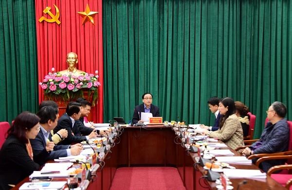 Thành ủy Hà Nội tích cực chuẩn bị tốt nhất văn kiện Đại hội Đảng bộ Thành phố ảnh 1