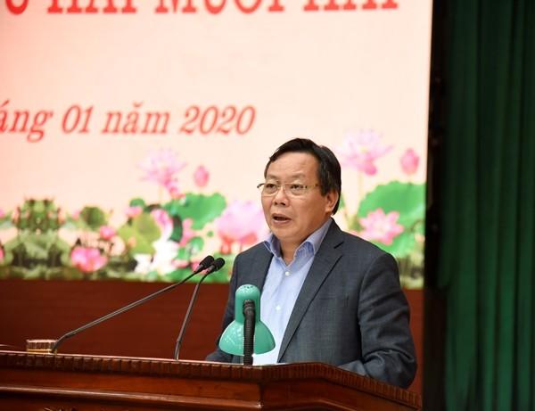 Trưởng Ban Tuyên giáo Thành ủy Nguyễn Văn Phong báo cáo tại hội nghị