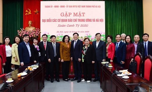 Lãnh đạo thành phố Hà Nội gặp mặt đại diện các cơ quan báo chí