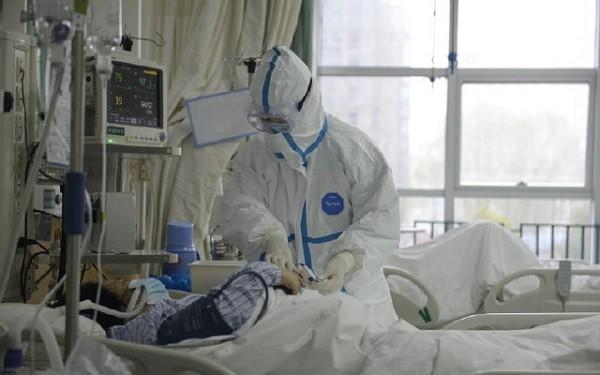 Cách ly điều trị một bệnh nhân nghi nhiễm virus corona