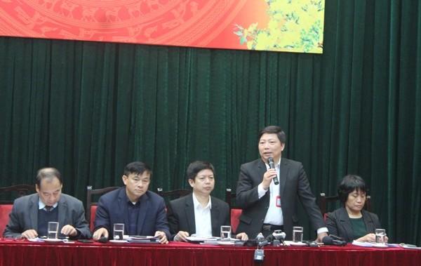 Ông Nguyễn Vũ Trung trả lời câu hỏi về đường dây nóng phòng dịch Corona
