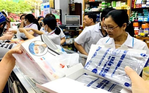 Chấn chỉnh tình trạng găm hàng để tăng giá khẩu trang y tế