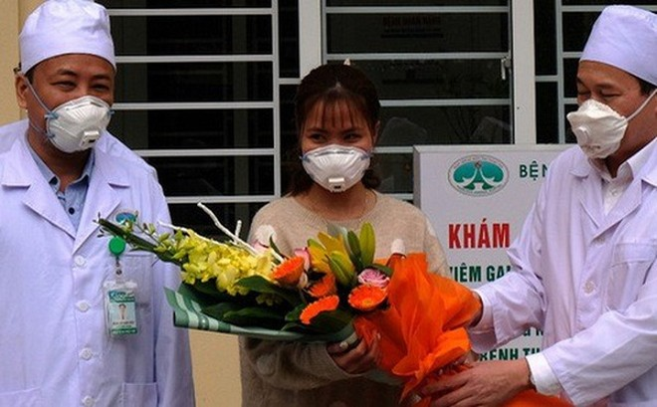 Nữ bệnh nhân nhiễm Corona đầu tiên ở Việt Nam được xuất viện sau 10 ngày điều trị tại Bệnh viện Đa khoa tỉnh Thanh Hóa