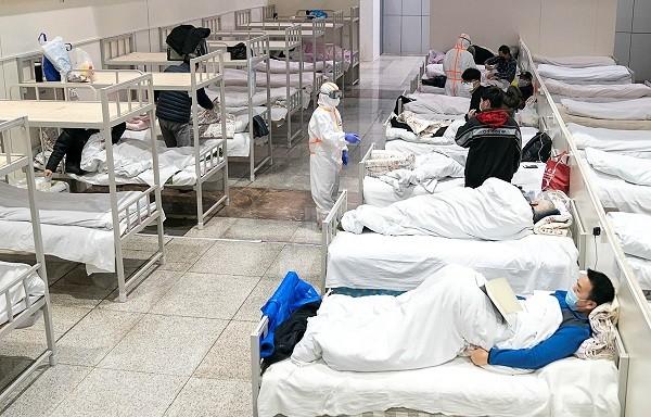 Điều trị bệnh nhân corona ở Trung Quốc