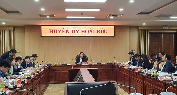 Phó Bí thư Thành ủy Hà Nội Đào Đức Toàn làm việc với Huyện ủy Hoài Đức