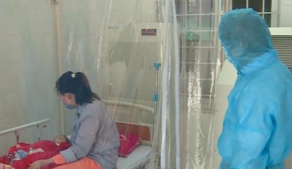 Bé gái 3 tháng tuổi nhiễm Covid-19 cũng đã khỏi bệnh