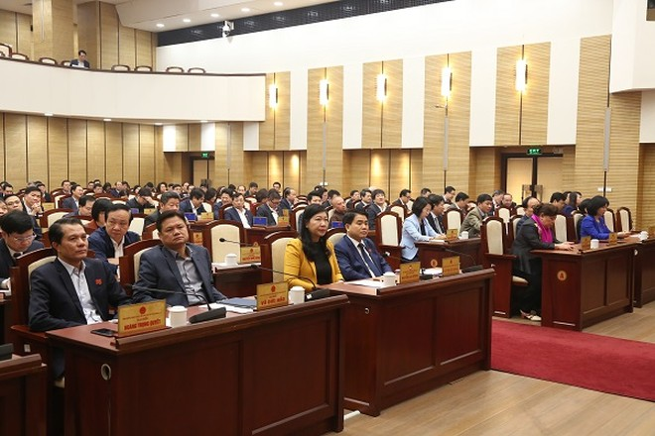 Đại biểu dự kỳ họp thứ 13 HĐND TP Hà Nội