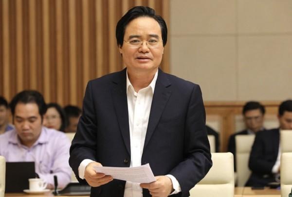 Bộ trưởng Bộ GD&ĐT Phùng Xuân Nhạ báo cáo về việc cho học sinh đi học trở lại