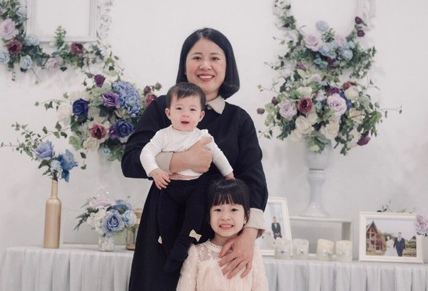 Điều trị ung thư suốt từ 2013 nhưng đến nay, chị H. vẫn sinh 2 bé gái khỏe mạnh
