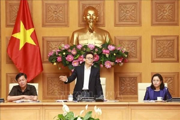 Phó Thủ tướng Vũ Đức Đam chỉ đạo tại cuộc họp (Ảnh: TTX VN)