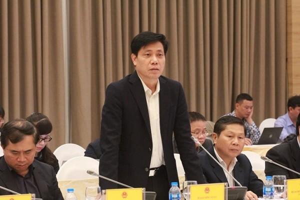 Thứ trưởng Bộ Giao thông Vận tải Nguyễn Trọng Đông trả lời câu hỏi của báo chí