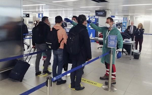 Kiểm dịch y tế ở sân bay phòng chống dịch bệnh Covid-19