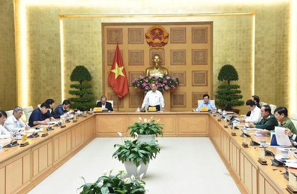 Thủ tướng Nguyễn Xuân Phúc chủ trì cuộc họp ngày 9-3 (Ảnh: VGP)