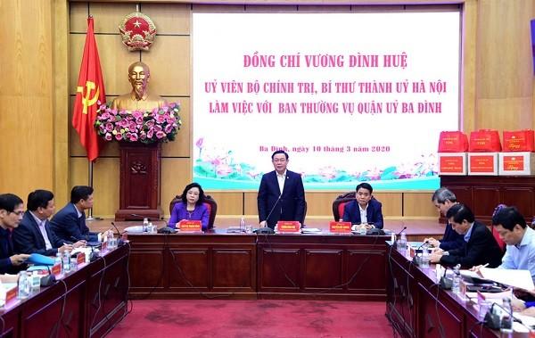 Bí thư Thành ủy Vương Đình Huệ làm việc với Quận ủy Ba Đình