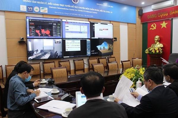 Hội chẩn trực tuyến từ Bộ Y tế tới điểm cầu Bệnh viện Bệnh Nhiệt đới Trung ương