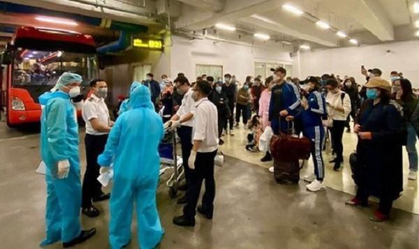 Thêm một người Việt mới bay từ nước ngoài về bị nhiễm Covid-19, là ca số 61
