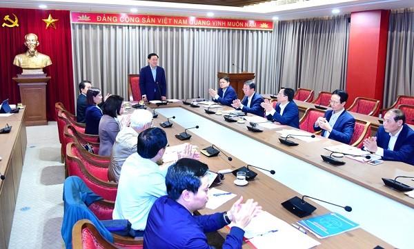Bí thư Thành ủy Vương Đình Huệ làm việc với Ban Tổ chức Thành ủy